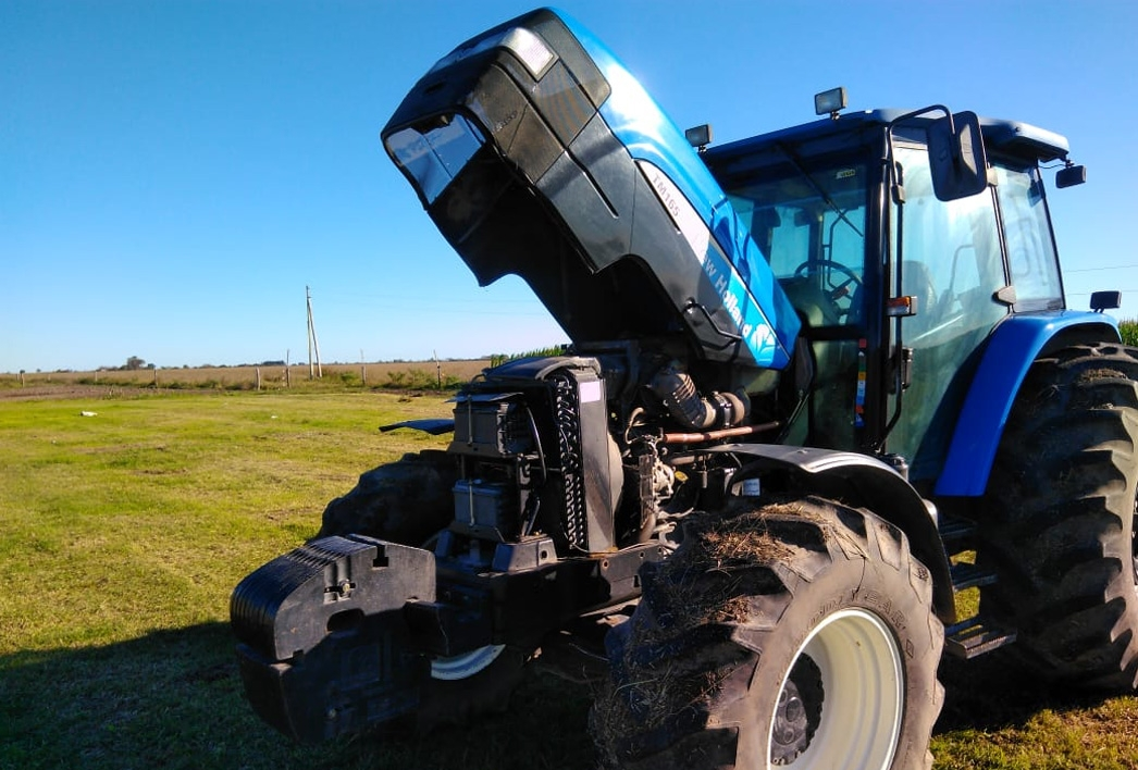 Tractor New Holland TM 165